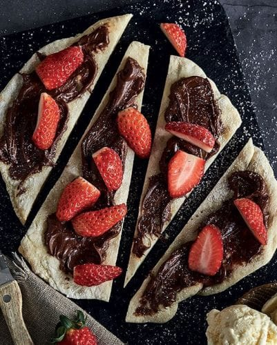 Chocolate Hazelnut Pizza